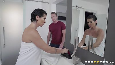 Unexpected lover shocks the hell out of super MILF Shay Fox