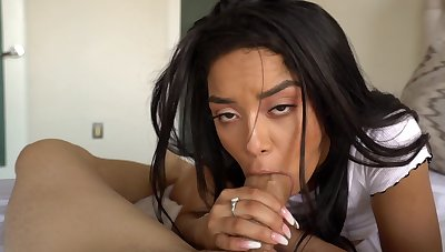 Estimated coitus leads Latina college girl to lunatic orgasms adjacent to bed