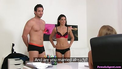 Sexy threesome with Spanish couple